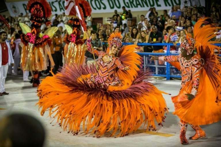 brazilian-carnival-for-english-teachers-to-get-involved