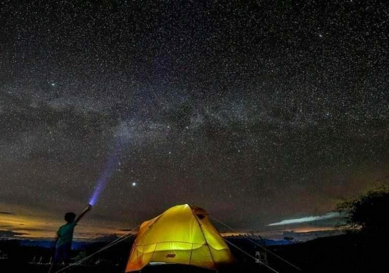 stars-at-tatacoa-teacher-camping