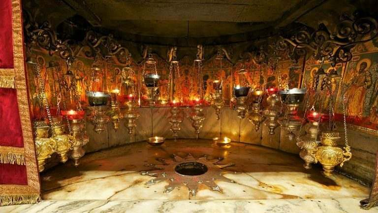 jesus-birthplace-grotto-in-bethlehem-for-a-religious-getaway-for-expat-teachers