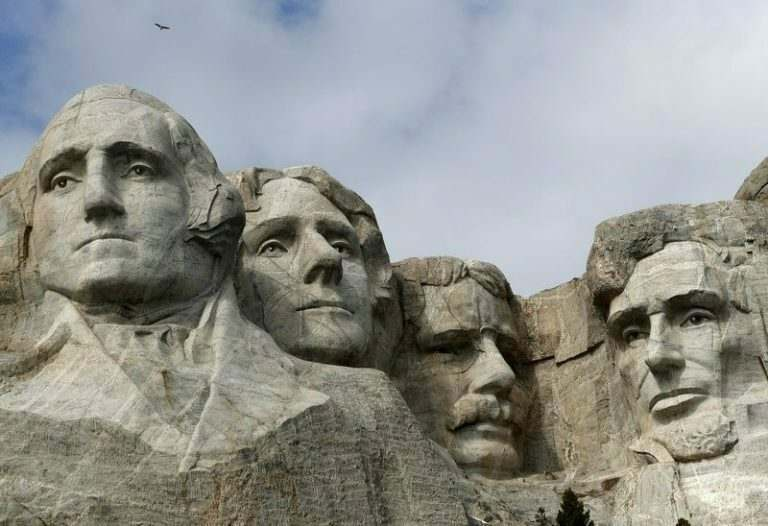 mount-rushmore-visited-by-tefl-international-teachers