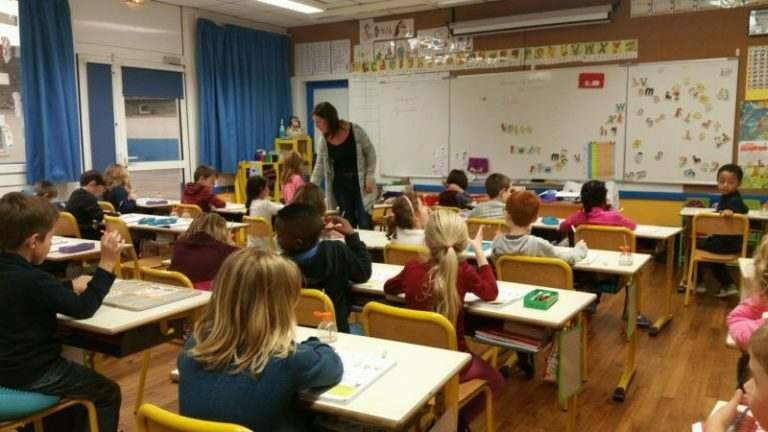 typical-school-class-size-in-france