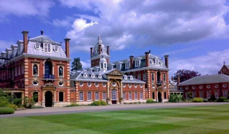 teaching-english-in-china-at-wellington-college